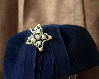 Vintage 1940's Blue Wool Formal Hat