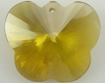 25mm faceted CZ cubic zirconia buttefly pendant citrine 4200