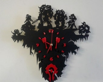 Warcraft Horge wooden wall clock