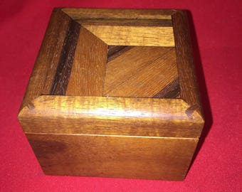 Stunning Inlaid Wood Dresser box for Jewelry, and what-have-you