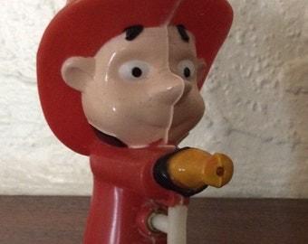 Vintage 60s Figural Hard Plastic Fireman Water Squirt Toy Gun