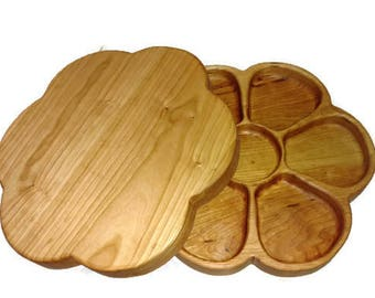 Wooden Center Piece Lazy Susan, Serving Platter lazy susan, Wooden Lazy Susan, Wedding Gift, 5th Wedding Anniversary Gift, Wooden Turn Table