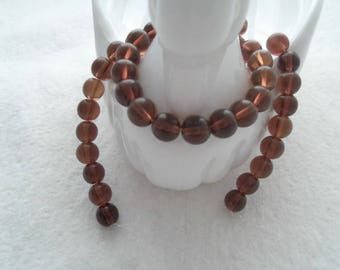 Strand of 8 mm Glass Beads - Bottle Brown (1077)