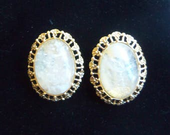 Gold Clip On Earrings - Vintage Earrings