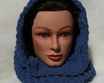 Womens Cowl, hood, scarf, bulky yarn, blue.
