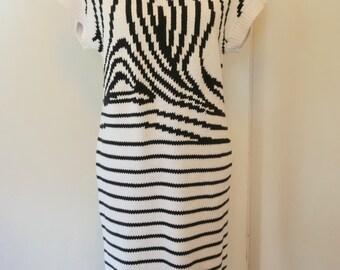 Vintage 1980s Knit Sweater Dress / Knit Dress