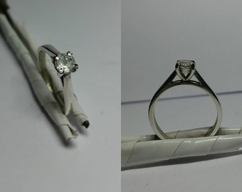 Sterling silver and white topaz engagement ring size N