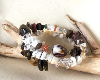 Multi Colored Gemstone Bracelet, Multi Color Stone Bracelet Mother Of Pearl Bangle Bracelet Memory Wire Cuff White Howlite Bracelet
