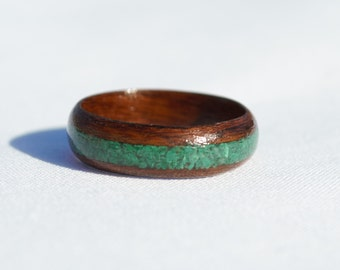 Handmade Rosewood Bentwood Ring with Malachite Inlay