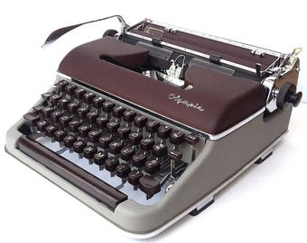RESERVED! Olympia SM3 Burgundy/Grey Manual Portable Typewriter