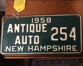 1958 NH antique auto license plate