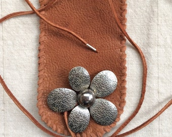 Silver Flower Toggle