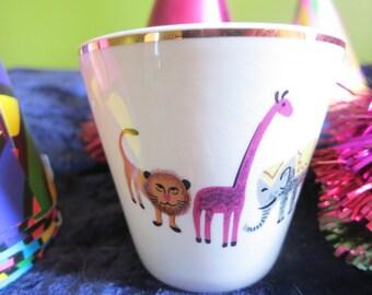 Vintage Ceramic Children's Cup Lion Elephant Giraffe Turtle Gold Rim USA