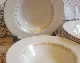 Elegant Royal doulton fairfax dessert  bowls 1970's gold detail set of six