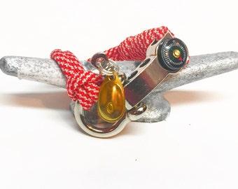 Nautical rope shackle bracelet
