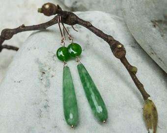 Earrings in agate and jade
