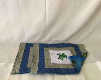 Place mat with hand painted turtle, set of 4.