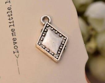 20 antique silver diamonds charms  poker playing cards charm pendant pendants YQ2