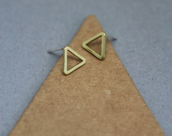 small gold triangle studs, gold triangle studs, small gold studs,geometric studs,brass triangle studs,dainty gold studs,simple gold studs