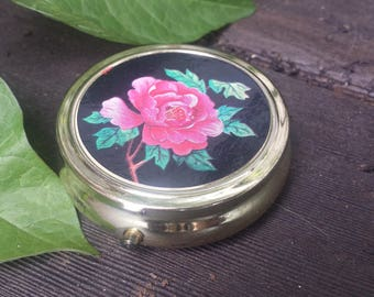 Rose Pill box/compact/pill compact/vintage compact/vintage pill box/rose compact/gifts for her