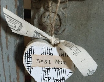 Vintage style Mothers Day decorative hanging shabbychic heart. Gift tag.