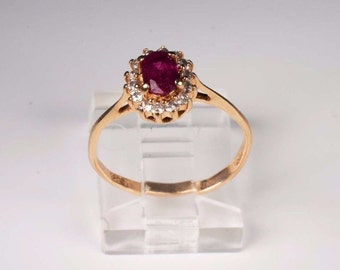 14K Yellow Gold Ruby and Diamond Ring , 2 grams, Size 6.5
