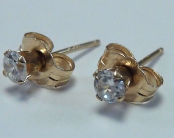 "14K Yellow Gold 3/32"" Round Cubic Zirconia Stud Earrings"