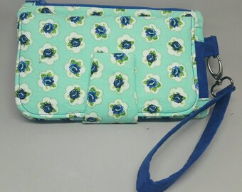 Wristlet Wallet/ Clutch / Roses Wallet / Cell Phone Clutch / Zipper Pouch/ Card Holder / Small Purse / Swoon Pearl / Retro Style / Bill Fold