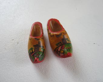 miniature wooden shoes, shadow box, dutch decor, Holland, Netherlands,