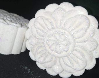Glittery White Flower Bath Bomb