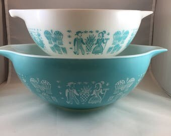 Pyrex Amish Butterprint Bowls - Pyrex Cinderella Bowls - Turquoise Pyrex - Set of 2 Bowls - Vintage Pyrex - Amish Print Pyrex - 1950s Pyrex