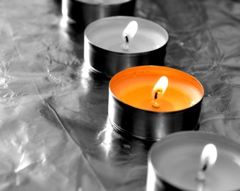 Candles... Small signs in black and white and color...