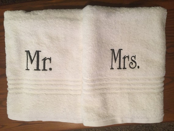 Monogrammed mr and mrs bath towels monogram towel set for Mr and mrs spa