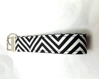 Black and white zigzag key fob wristlet keychain