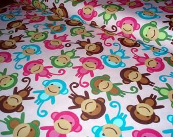 Cotton fabric Urban zoologie - monkeys on pink