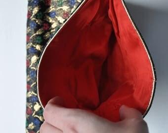 1970s Tulip Fold-over Clutch