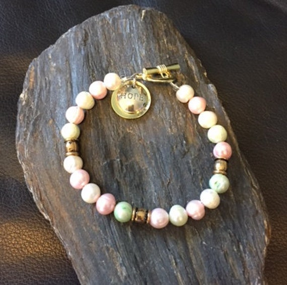 Pink, Green and White Rice Pearl Gold Clasp Bracelet with Charm