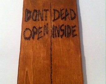 The Walking Dead / Walking Dead / Door Hanger / Rick Grimes / Season One