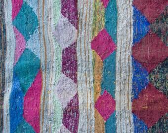 LET'S FIESTA! Moroccan Kilim Boucherouite Rug 5 ft x 7 ft 3 in