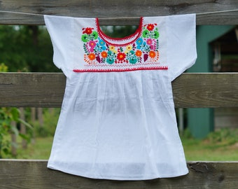 Mexican Handmade embroidered Blouse, Boho Blouse, Folk flowers, Vintage blouse 5 Mayo
