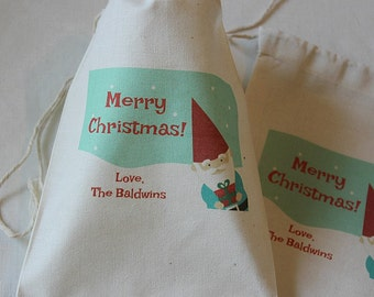 30 Personalized Christmas Elf muslin cotton favor bags 5x7 inch Christmas gifts, hostess gift, party favors, Goodie bags, Gift card holder