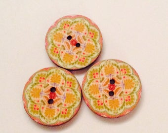 3 x vintage style wooden buttons