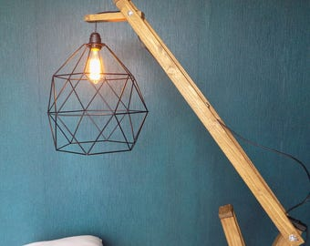 Articulated wooden shade metal lamp