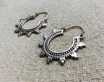 Small Rajasthani Pattern White Brass Hoop Earrings, Boho Hoop Earrings, Tribal Hoop Earrings, Silver Hoop Earrings, Indian Gypsy Hippie Hoop