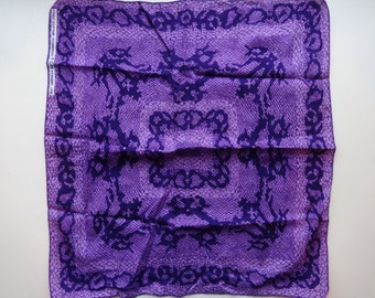 Gorgeous violet purple cotton snakeskin print bandana.