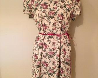 Vintage floral 60s/70s dress