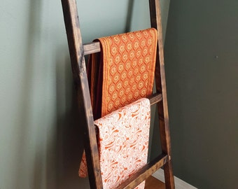 Rustic Blanket / Throw Ladder - 5 ft Farmhouse Decor