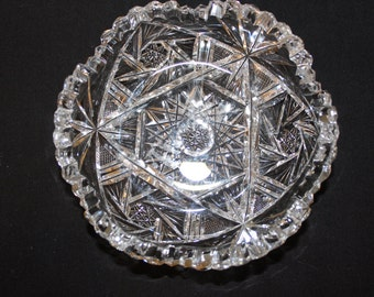 LAST CALL Vintage Small Crystal Bowl, Serving Bowl,Candy Dish