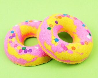Confetti Cake Donuts Bath Bomb / Bath Bombs / Bubble Bar / Pink Yellow Bath Bomb / Bath / Bath Salts
