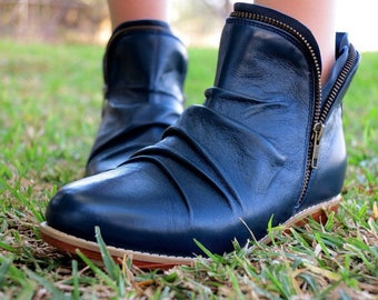 MIDNIGHT Boot |   Womens Ankle Boots / Custom Boots / High Quality Leather / Size: Eu 36 - 42